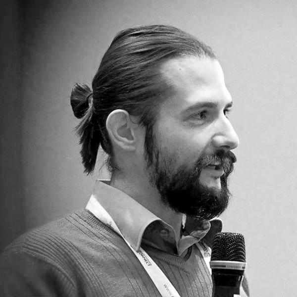 http://edizione2017.inboundstrategies.it/wp-content/uploads/2015/12/matteo-zambon.jpg