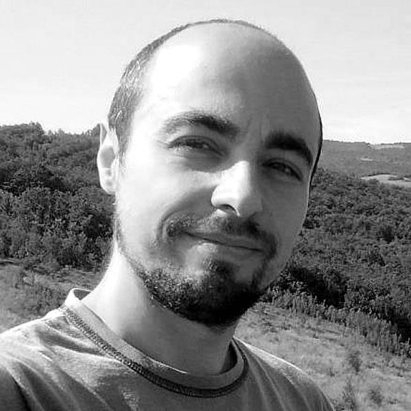 http://edizione2017.inboundstrategies.it/wp-content/uploads/2015/12/simone-righini.jpg